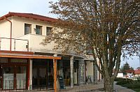 Hotel Falukozpont Ujhartyan - cheap hotel near M5 highway, between Budapest and Kecskemet